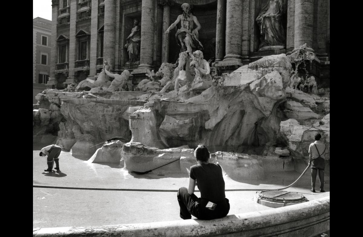 Free Coins in the Fountain of Trevi